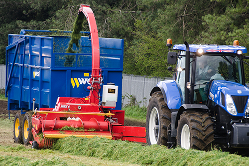 Trailed forage harvester fitted with slemech ultra low inoculant applicator